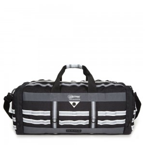 Eastpak White Mountaineering Reader Black livraison gratuite